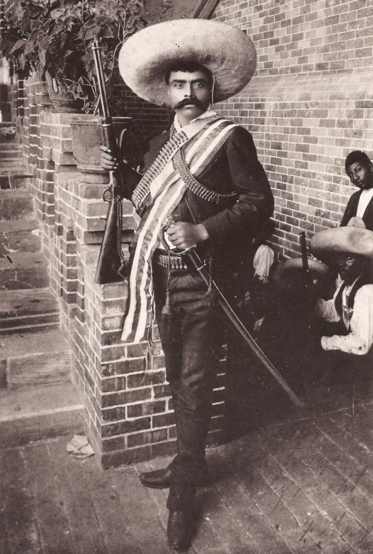 "Gral. Emiliano Zapata, c. 1909, Morelia, Michoacan.  ""Mejor morir a pie que vivir de rodillas."""