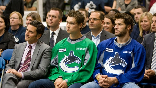 Mason Raymond and Ryan Kesler...so adorable! Gahhh! Go Canucks!