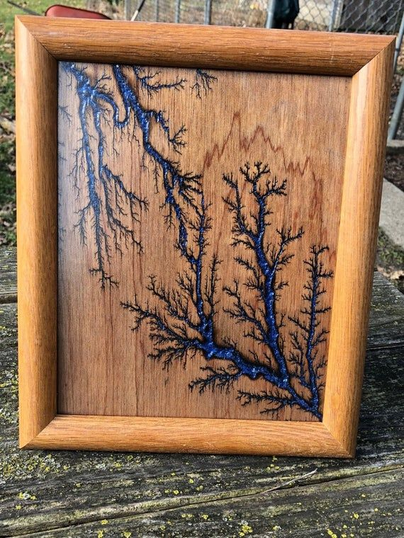 Lichtenberg Wood Burned Framed Art Piece With Blue Glitter Inlay Outside Frame Dimensions Are 11 5 X 9 5 Very Nice Looking Piece In Freestanding Style Dekorasi