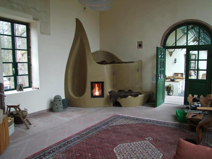You could lie down on top of the fire place!! And look at the nook. Just beautiful.