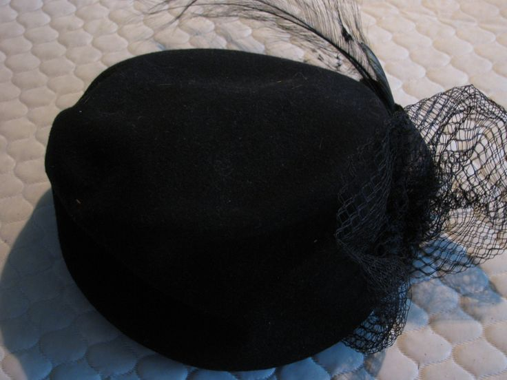 Bollman Black wool hat with lace and feathers.  Made in USA.  1940s vintage by EastsideVintageFlea on Etsy