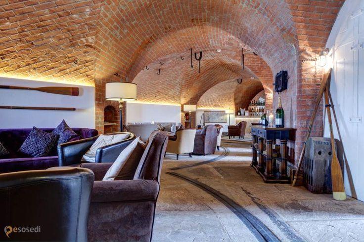 """Отель Спитбэнк Форт – #Великобритания #Англия (#GB_ENG) """"Чего добру пропадать!"""" - решило Министерство обороны Великобритании и продало в частную собственность отслужившие свое форты на береговой линии. Spitbank Fort, один из них, начал новую жизнь в качестве респектабельного и аутентичного отеля. http://ru.esosedi.org/GB/ENG/1000147623/otel_spitbyenk_fort/"""