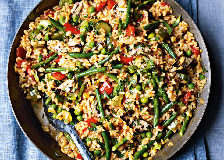 paella verduras   with summer vegetables and sweet pimenton #food #vegetarian #spanish #rice #foodwise