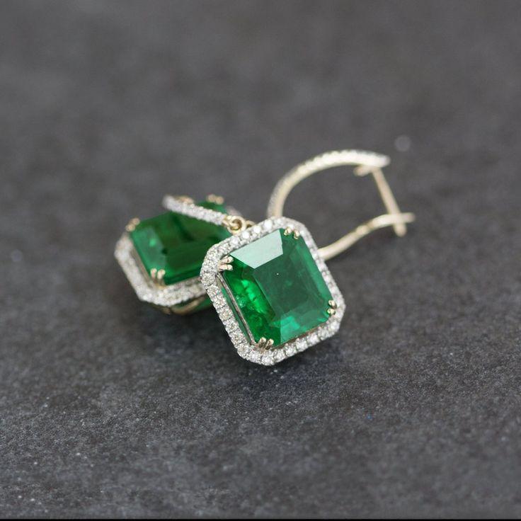 Emeralds and diamonds 3699 €