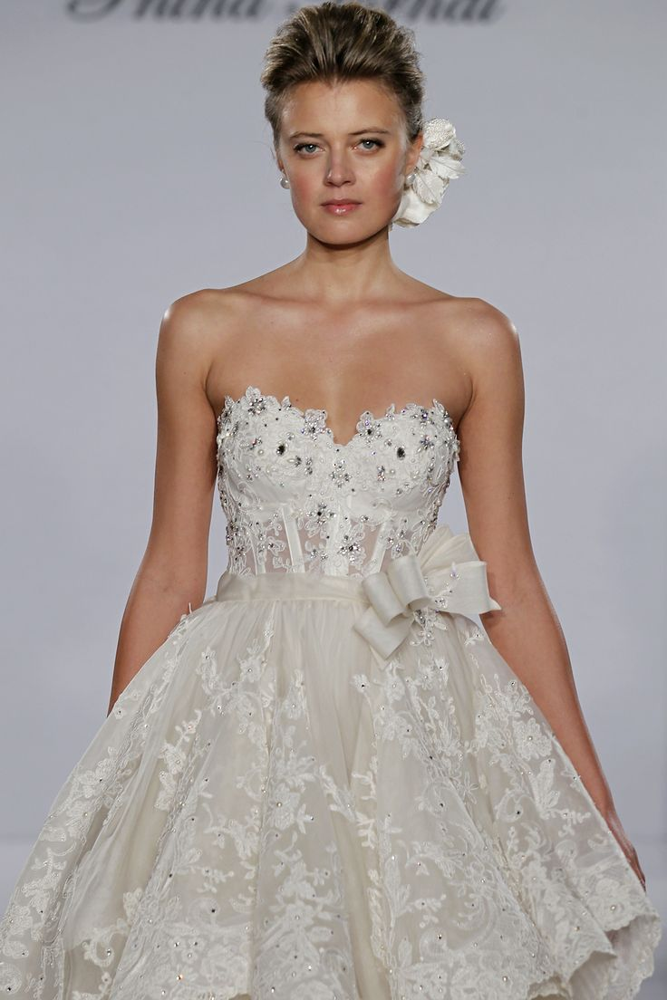 Pini torna bridal gowns pnina tornai tea length wedding for Sweetheart neckline tea length wedding dress
