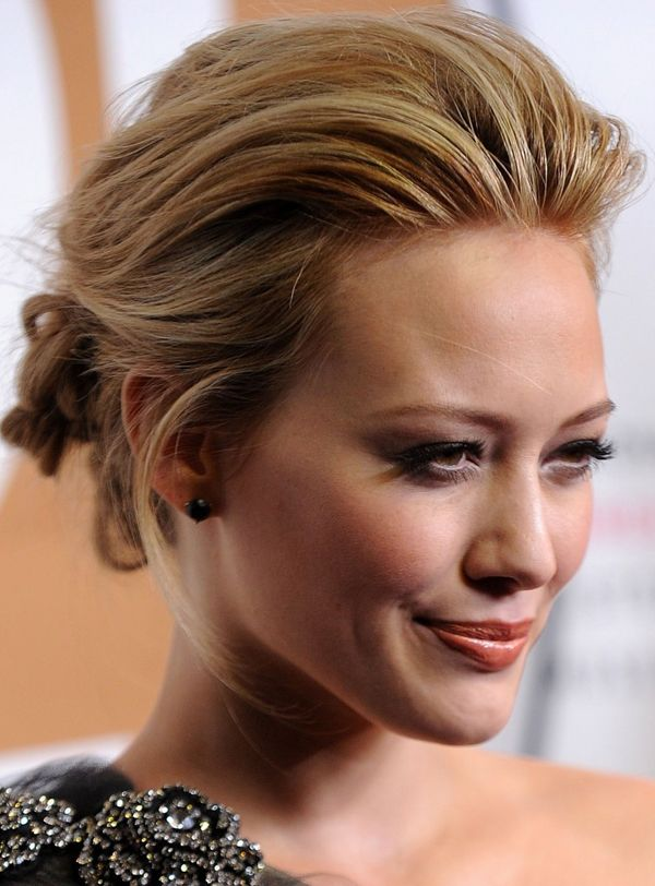 Google Image Result for http://www.yourhairstyles.net/hairstyles/best-celebrity-updo-hairstyles-41.jpg