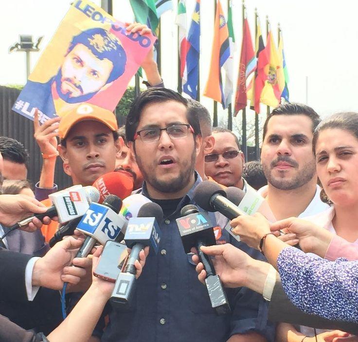 El dirigente juvenil del partido Voluntad Popular, Juan Fernando Flores, aseguró este domingo que el actual modelo político, económico y social que lleva adelante Nicolas Maduro solo busca implementar políticas para frenar a los venezolanos y no dar oportunidades reales de crecimiento, desarrollo y trabajo a las próximas generaciones a propósito del Día Internacional del Trabajador....