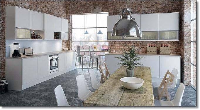 Las cocinas de transición mezclan el espacio funcional de una cocina con un comedor familiar.