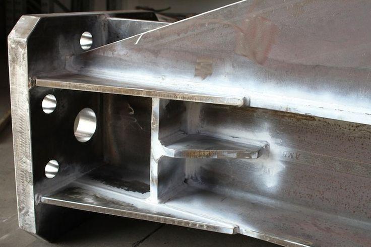 Sistema costruttivo in carpenteria metallica Strutture in acciaio saldate by CMM | design CMM | TUBI, TRAVI E LAMIERE IN ACCIAIO