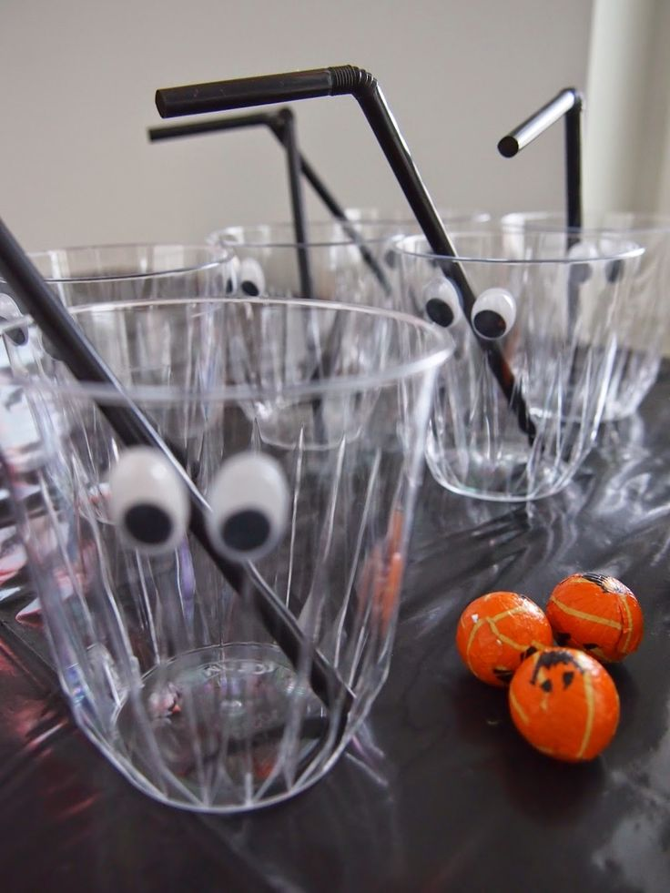 best 25  decorating plastic cups ideas on pinterest