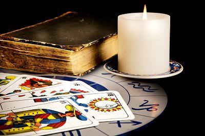 FREE - Divitarot.com - Online Free Tarot cards reading - Tarot Denis Lapierre - Divitarot- Certified website of Denis Lapierre - Your free online latin tarot reading - Love, money, personal growth, spirituality and more.