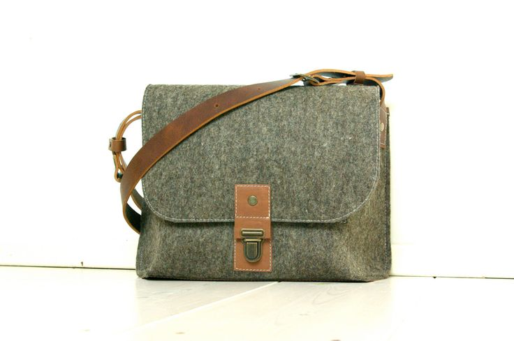 Vilten en hoezen en leren tassen van Westerman Bags. Dutch Design van premium materialen. Voor Iphone, Ipad en Macbook.