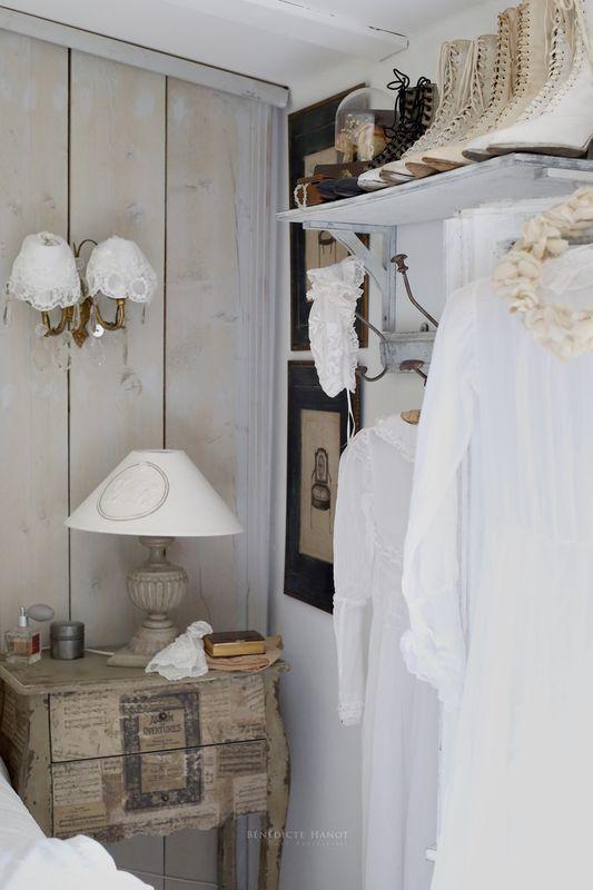 maison romantique shabby style coeur romantique en soie sauvage bleu menthe et dentelle. Black Bedroom Furniture Sets. Home Design Ideas