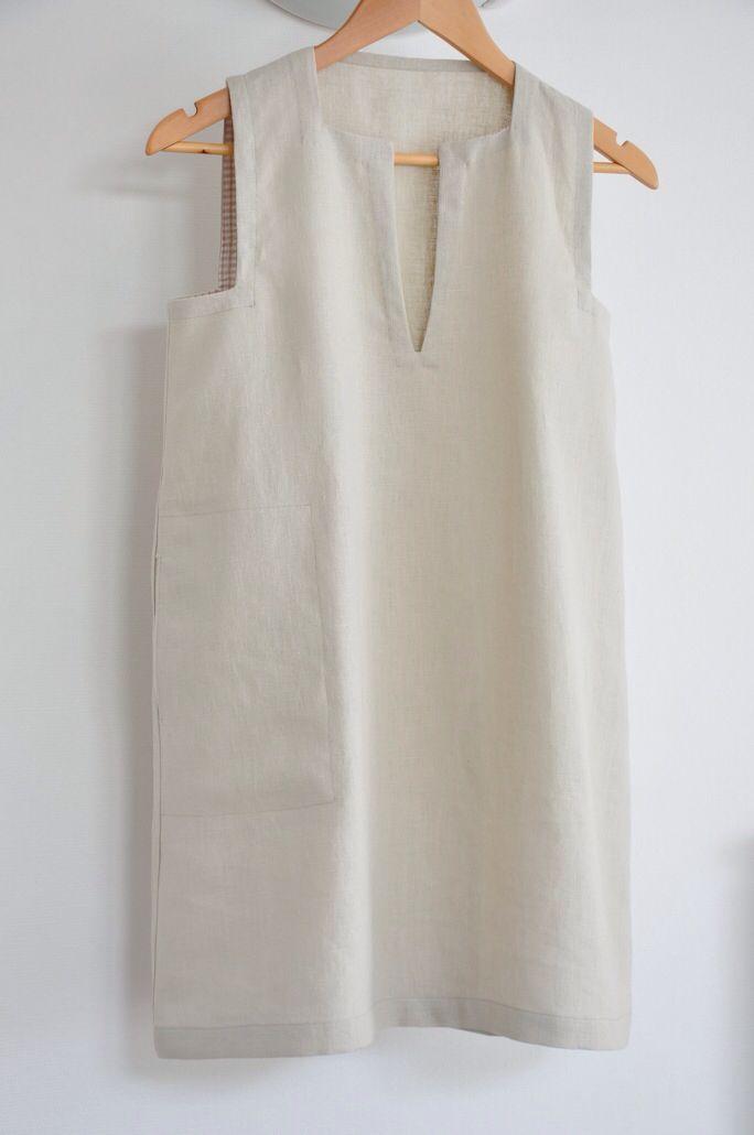 Sleeveless shift dress Pattern : Ann Normandy design