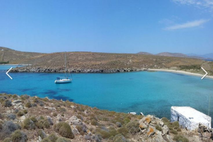 This little piece of sea, separates the two islands of Delos and Rhenia, Where is Rhenia Island in Greece - Double Click on the photo for more information. #Mykonos www.guidora.com/blog