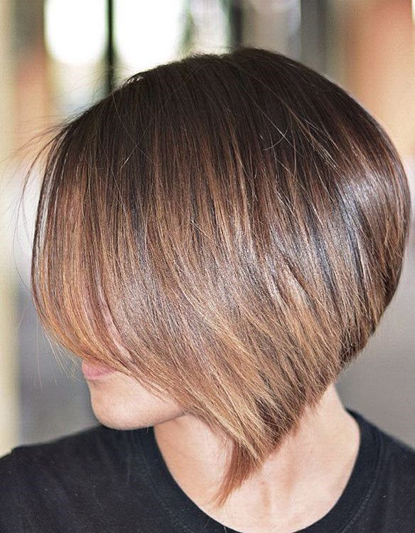короткие стрижки на тонкие волосы фото