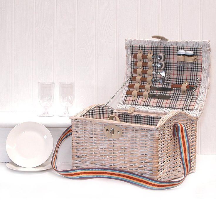 Picknickkorb mit Zubehör für 2 Personen, im Shabby-Chic-Stil, Offwhite, eignet sich als Geschenk fürWeihnachten, Hochzeit, Jahrestag, Geburtstag oder als Business-Geschenk: Amazon.de: Garten