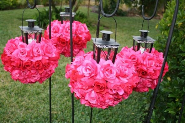 Hot Pink and Black & White wedding flowers