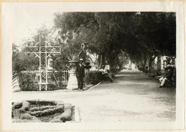 [Cementerio de Arica]