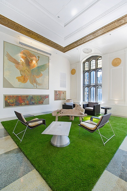 Randolph Tower: common room //Home sweet home