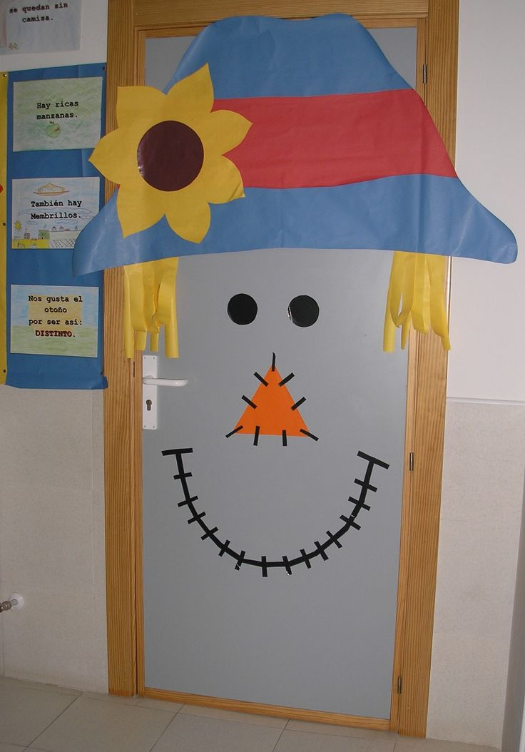 Puerta oto o 2014 de la clase de infantil del colegio de for Decoracion puerta aula infantil