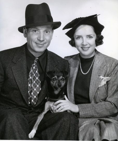 Harpo Marx with his wife Susan Fleming. I never knew much about the Marx brothers...Harpo really was a sweet person!
