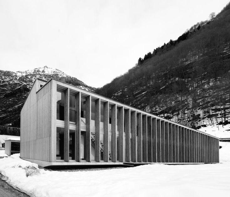Mountain wood pavilion