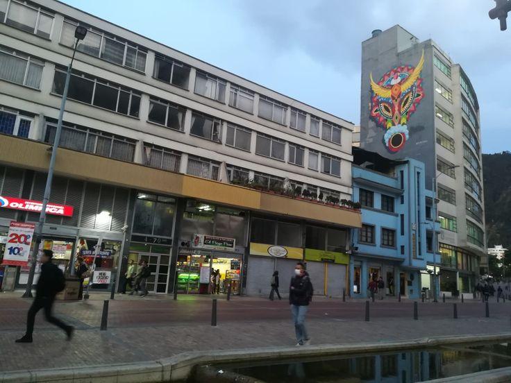 Ven y conoce las calles de la candelaria. Motivate a conocer la ciudad más linda- Bogotá, Colombia. Visita: www.encontrastela... #EncontrasteLaCandelaria #Bogotá #Colombia #Candelaria Fotografía tomada por: Lorena Correa.