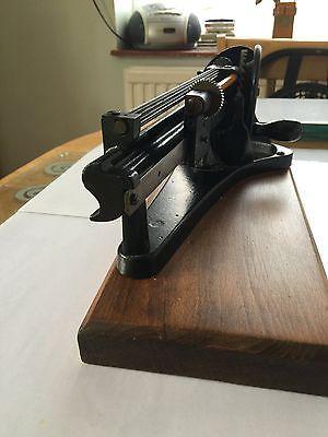 Rare vintage Jupiter mechanical pencil sharpening machine 2
