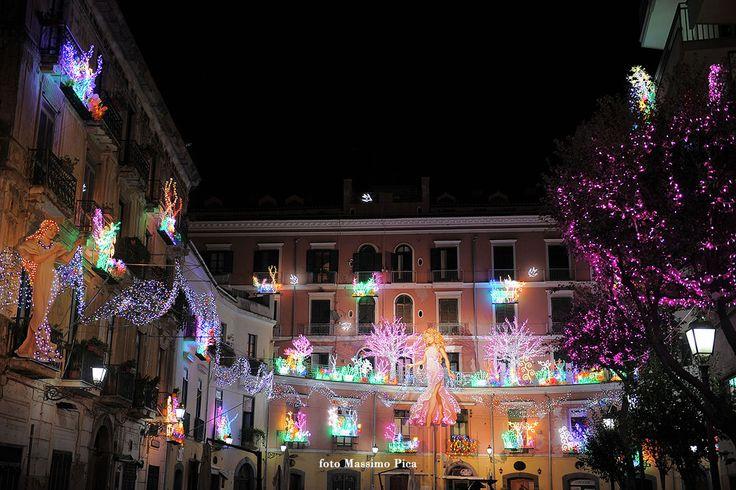 Luci D'Artista Salerno | Piazza Flavio Gioia