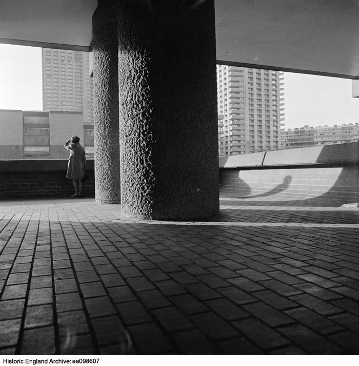 AA098607 Two enormous pillars supporting the roof above a walkway in the Barbican housing estate, Greater London, EC2Y   Date:1971 - 1976  Photographer: John Gay.  Please click for more information or to search our collections.