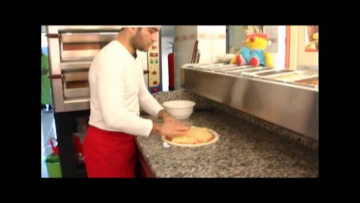 Ik & Ko - Thema: Eet smakelijk (Met Ko pizza bakken)