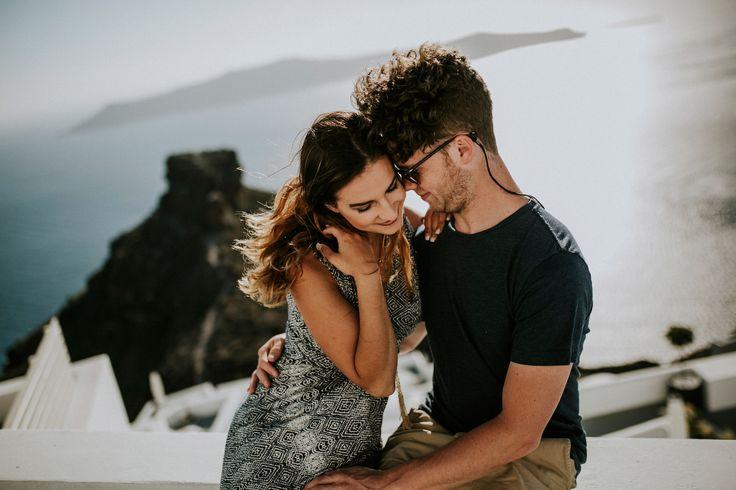 santorini-elopement-honeymoon-photographer-031