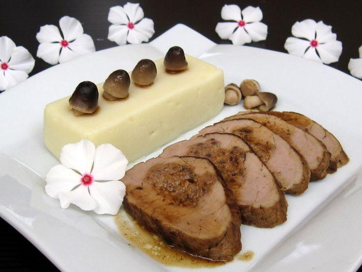 Solomillo de cerdo relleno con foie y dátiles
