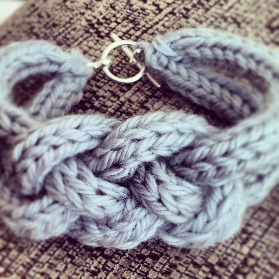 French knit braided bracelet ✿Teresa Restegui http://www.pinterest.com/teretegui/✿