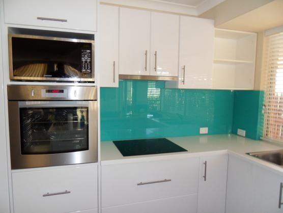 21 best images about kitchens on pinterest splashback for Splashback kitchen designs