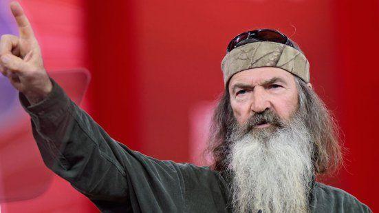 'Duck Dynasty' Atheist Scandal — Phil Robertson Talks About Child Rape, Castration In Speech | Radar Online