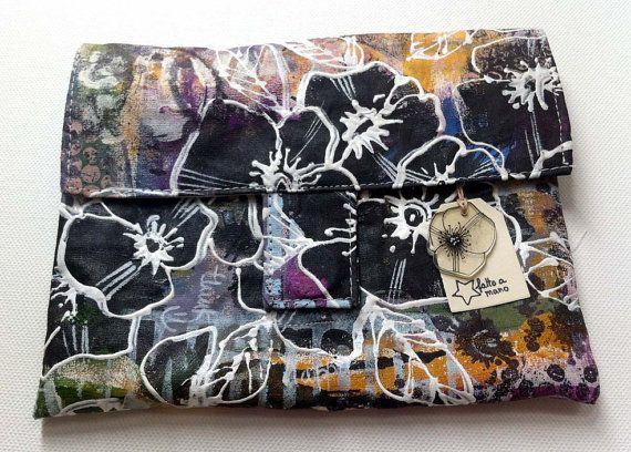 Pochette Papaveri neri con tasca con zip porta card di POPIdesign