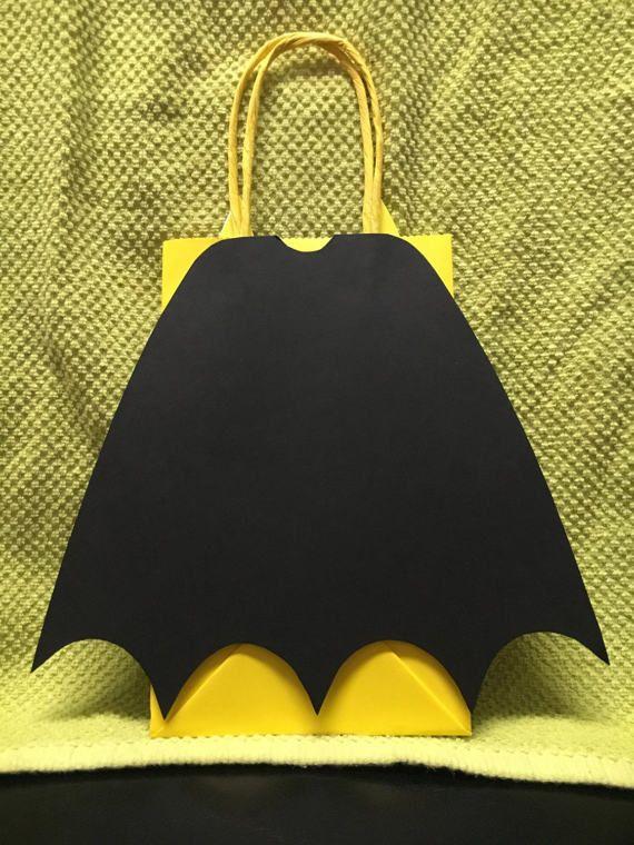 BATMAN Birthday Party Favor Bags Set of 10/ by CreationsbySulena
