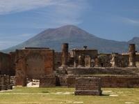 Ruínas de Pompéia. Conheça Pompéia e Nápoles em uma viagem saindo de Roma! #viagem #turismo