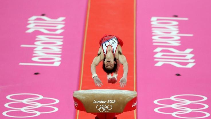 Kohei Uchimura competes on the valut : Photos - 2012 Olympics | London 2012