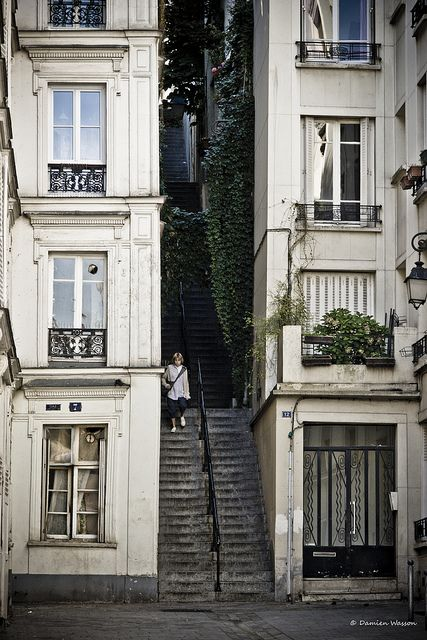 Montmartre, Passage Cottin, Paris XVIII x  Flickr - Photo Sharing!