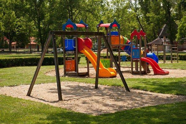Playground at the Eastern strand / Játszótér a Keleti strandon