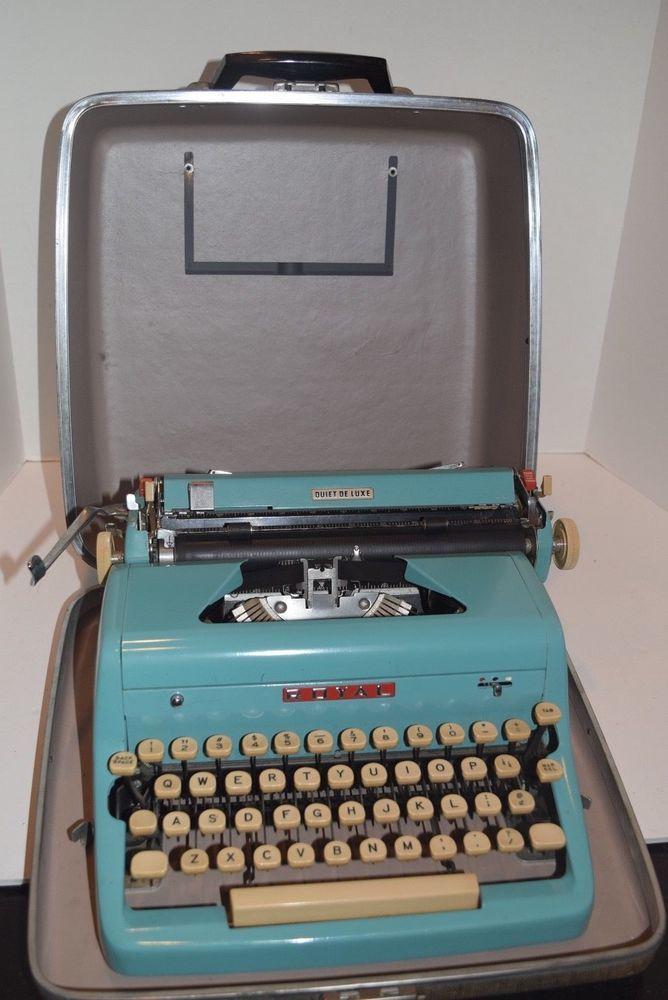 Rare Vintage 1956 Royal Quiet De Luxe Manual Portable Typewriter Turquoise Typewriter Writing Tools Vintage