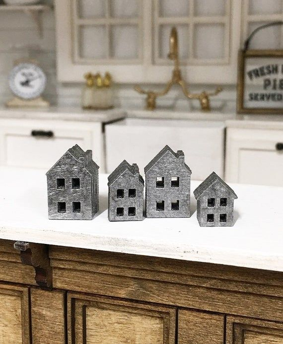 Miniature Dollhouse 1 12 Scale Miniature Farmhouse Tin House Ornaments 4pc Set House Ornaments Tin House Dollhouse Miniatures