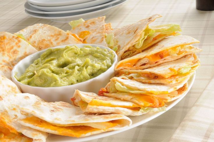No one can match the taste of Applebee's Quesadillas. This CopyKat version of their quesadillas comes pretty close. Be sure to serve with your favorite guacamole and sour cream.