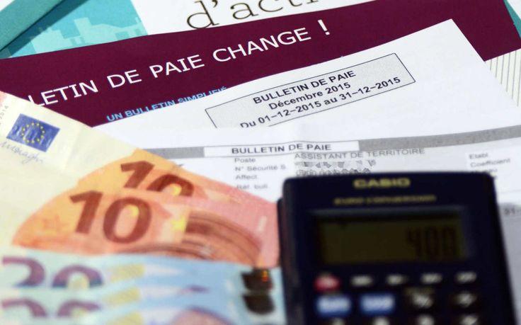 Début juin, les Suisses auront à se prononcer sur l'instauration d'un revenu universel pour tous. En France, le débat est régulièrement remis sur la table par les politiques et les économistes. Retour sur une idée déjà défendue en 1969 par le futur prix Nobel d'économie Milton Friedman...