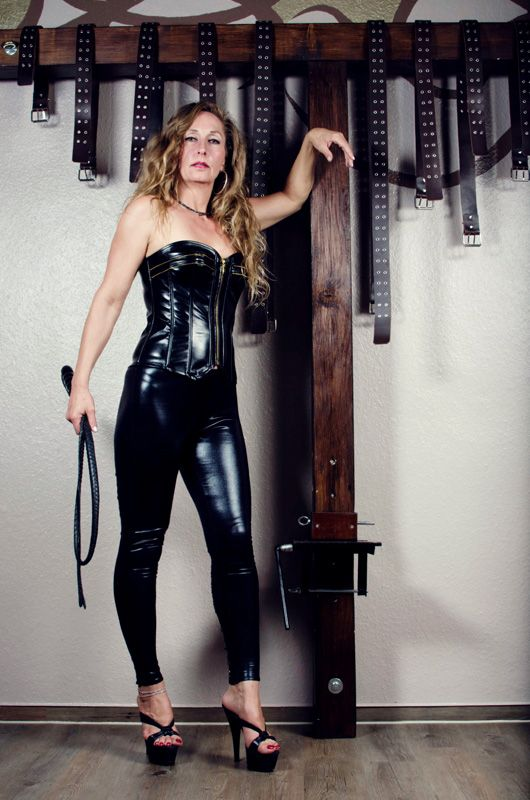 90 best images about domina mistress goddess on pinterest. Black Bedroom Furniture Sets. Home Design Ideas