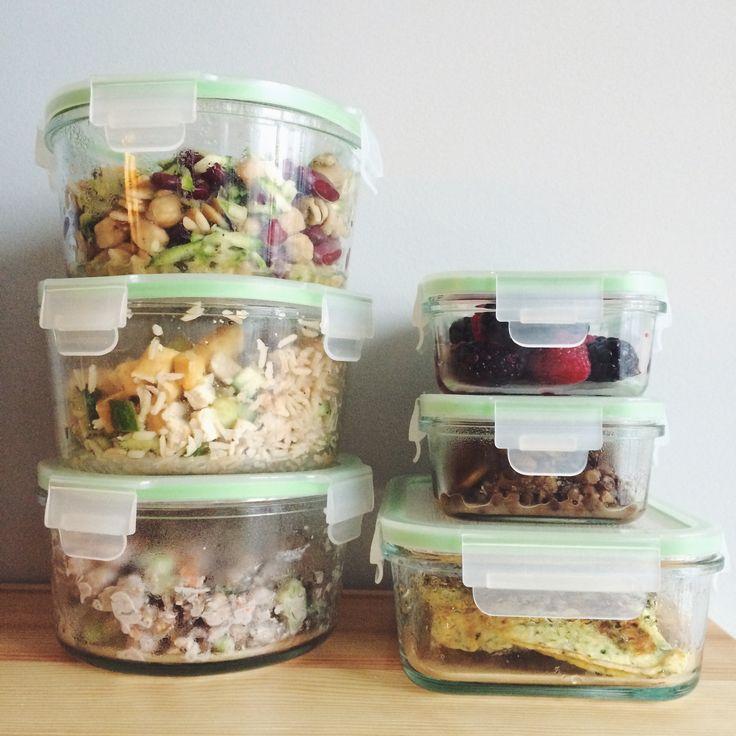 Meal Prep + Kayla Itsines 2-Week Vegetarian Meal Guide Review