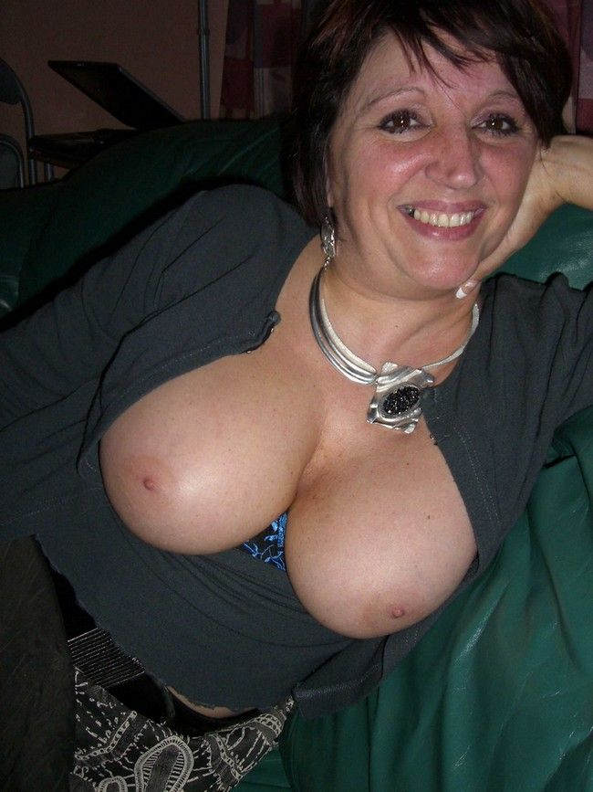 huge busty girl free sex meet ups